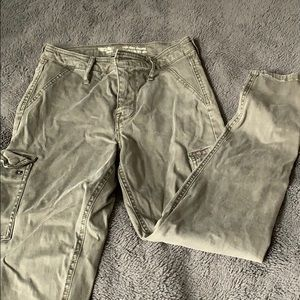 Never worn, army green, skinny fit cargo pants